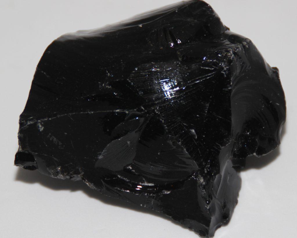 obsidienne-noire-brute-XL-244gr_shiva_esoterisme_com_lithotherapie_voyance_mineraux_menen_belgique_halluin_france_lille