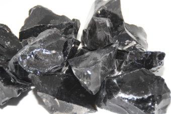obsidienne_noire_brute_pierre_protection_shiva_esoterisme_menen_wevelgem_tournai_mouscron_belgique_halluin_lille_wattrelos_france_poitiers_toulon_foix