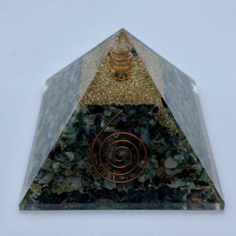 pyramide-orgonite-emeraude-9cm-x-9cm-xl_shiva_esoterisme_lithotherapie_mineraux_halluin_menen_tourcoing_roubaix