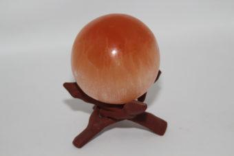 sphere-de-selenite-orange-du-maroc-xl-environs-8cm_shiva_esoterisme_magasin_et_boutique_en_ligne_menen_belgique_courtrai_tournai_mouscron_france_halluin_lille