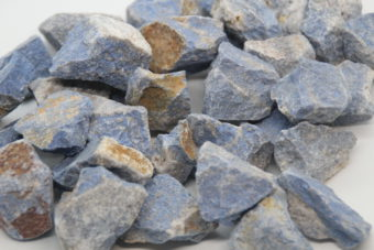 Dumortierite-brute-hiva-esoterisme-mineraux-lithotherapie-menin-halluin-belgique-france-lille-paris