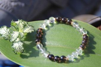 bracelet-pierre-naturelle-cristal-de-roche-et-quartz-fume-fabrication-artisanale-shiva-esoterisme-menen-halluin-france-lithotherapie-nimes
