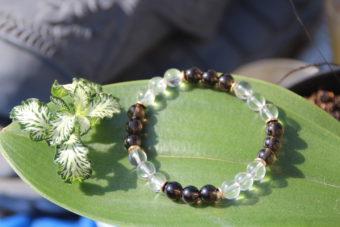bracelet-pierre-naturelle-cristal-de-roche-et-quartz-fume-fabrication-artisanale-shiva-esoterisme-menen-halluin-france-lithotherapie-toulon