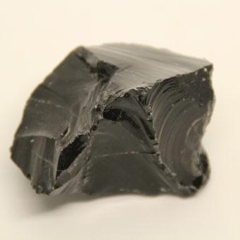 obsidienne-noire-brute-xl-164gr-shiva-esoterisme-menen-halluin-tourcoing-roubaix-lithotherapie-haut-de-france